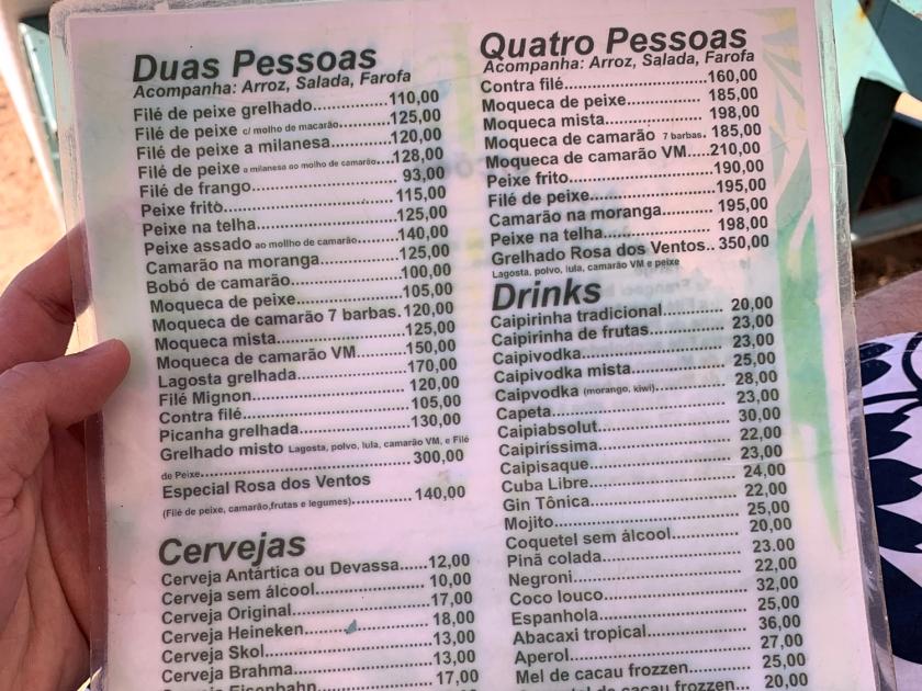 Cardápio de refeições e drinks