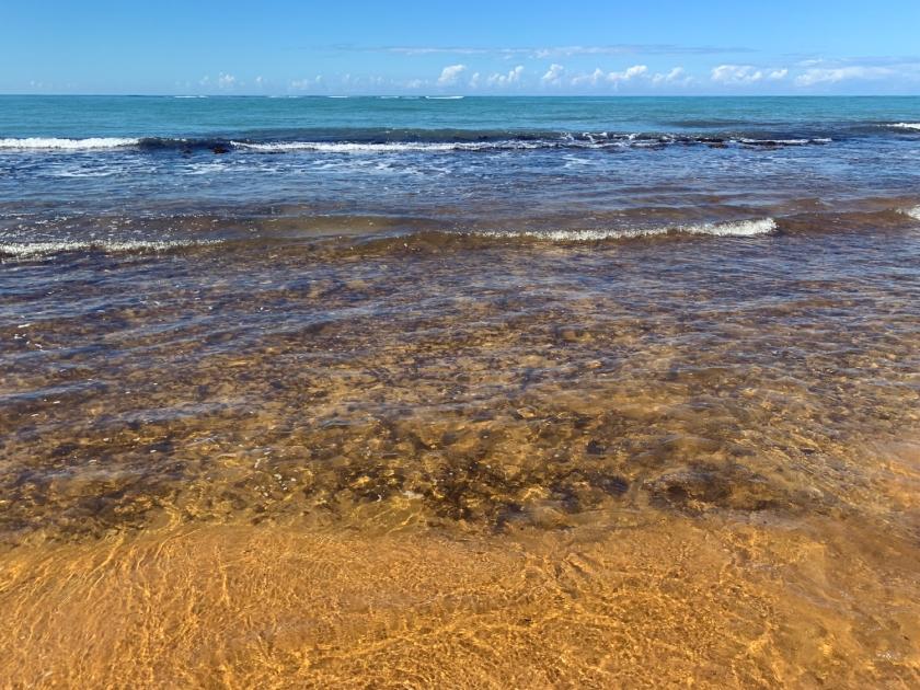 Mar da praia dos Nativos