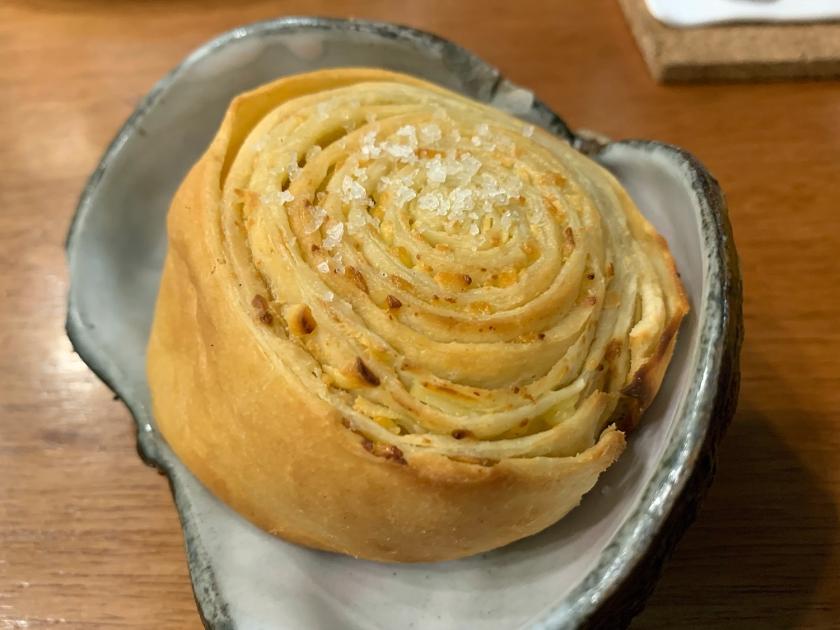 Roll de queijo canastra