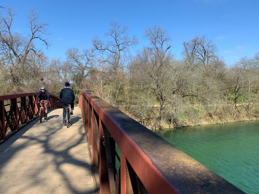 Ponte de pedestres sobre o Barton Creek