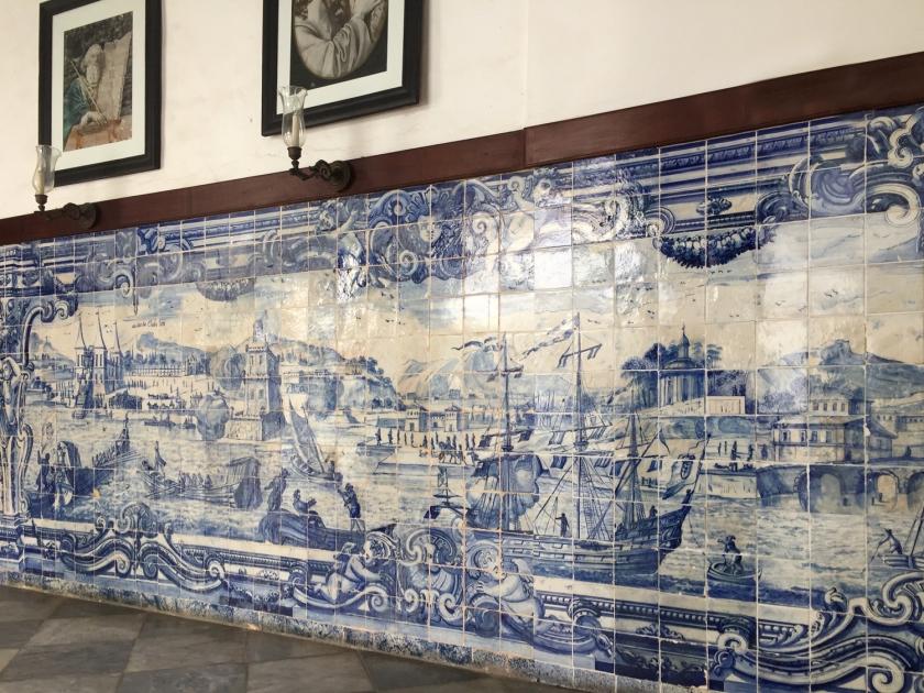 Painéis de azulejos portugueses