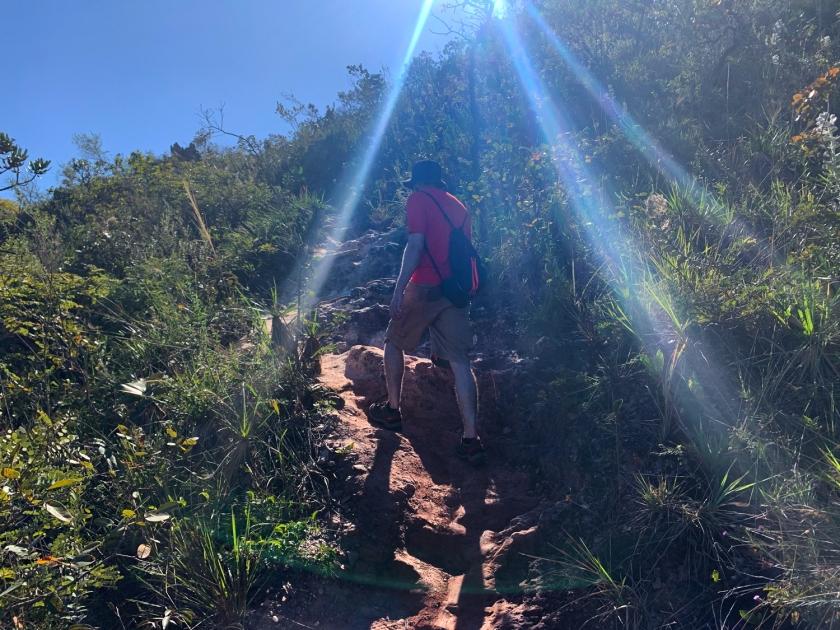 Subida da trilha