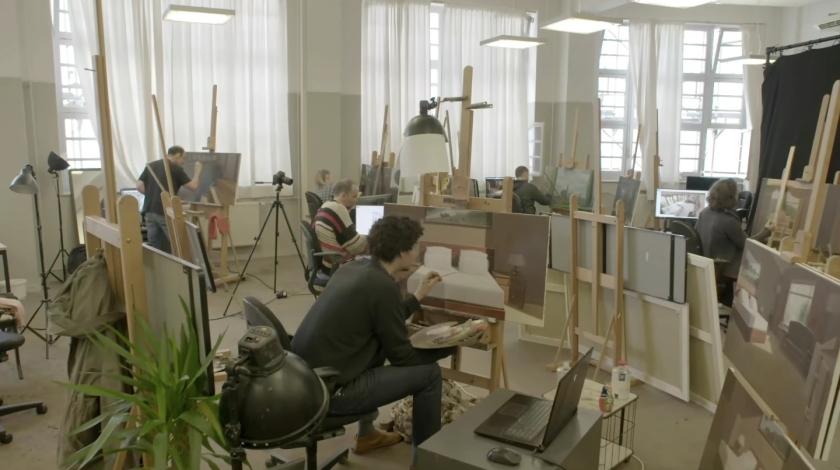 Artistas trabalham na produção