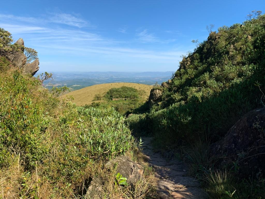 Trilha de acesso às Ruínas do Forte de Brumadinho