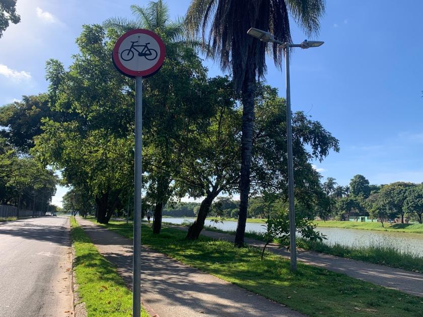 Ciclovia e pista de caminhada