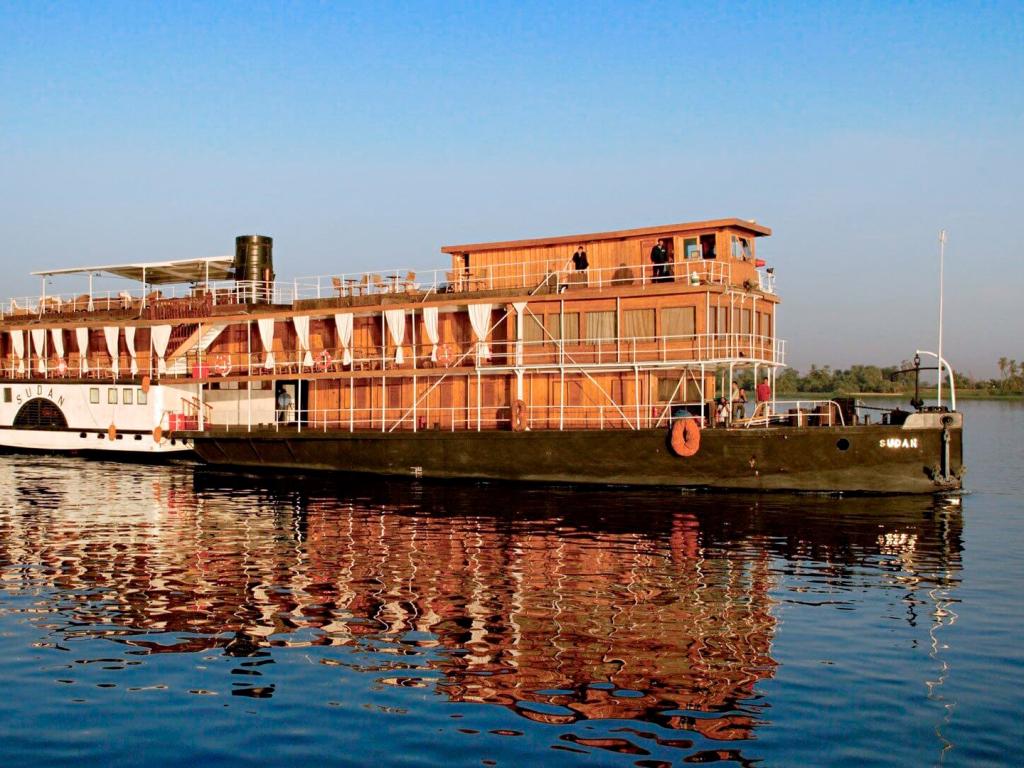 Antigo barco a vapor restaurado
