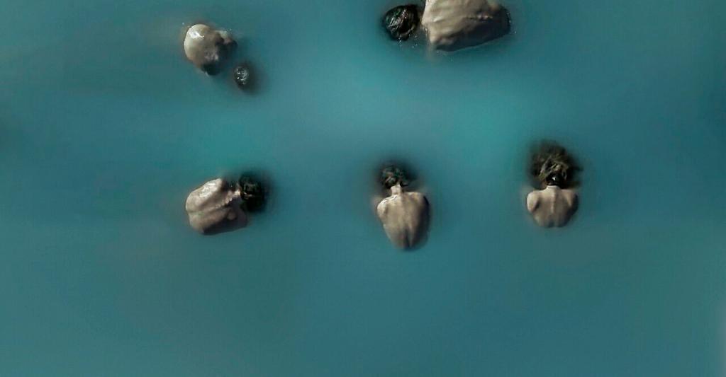 Banho em um lago vulcânico